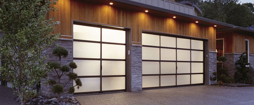 AVANTE™ COLLECTION. Contemporary Aluminum And Glass Garage Doors.